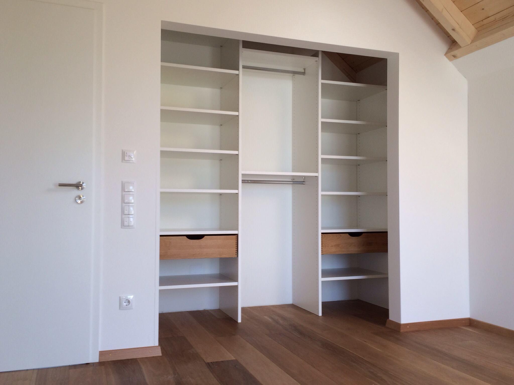 begehbare kleiderschr nke ankleiden garderoben. Black Bedroom Furniture Sets. Home Design Ideas